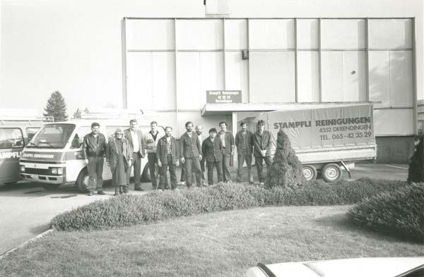 Gruppenbild vom Umzug von Privathaus in Derendingen